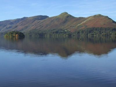Derwentwater looking towards Catbells